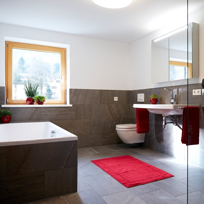 Haus Topa Vandans Montafon - Appartement Rosskopf - Badezimmer - Ferienwohnung Montafon