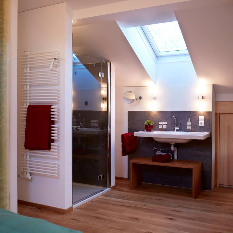 Haus Topa Vandans Montafon - Appartement Valkastiel - Bad - Ferienwohnung Montafon
